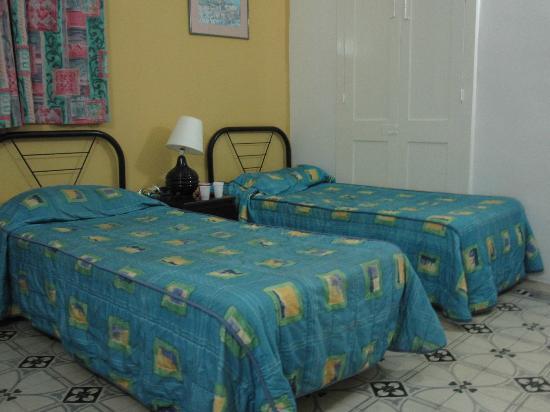 Astra Hotel: Room