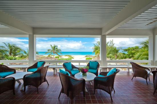 The Meridian Club Turks & Caicos: View of the pool and beach from the lounge