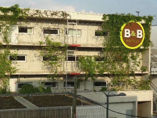 B&B Hotel Lille Centre Grand Palais: facade cote rue