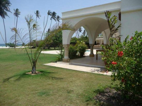 Mzima House: Mzima Cottage gardens