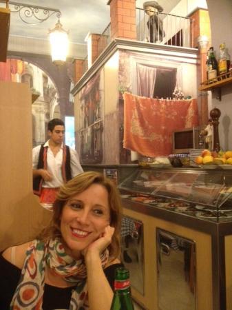 Osteria Il Gobbetto : Questa e' Napoli!!