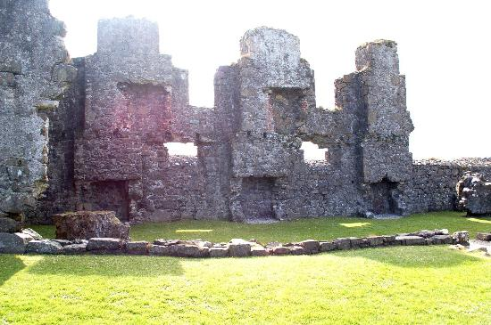 Dunluce Castle: Dunluce first and second floors no more