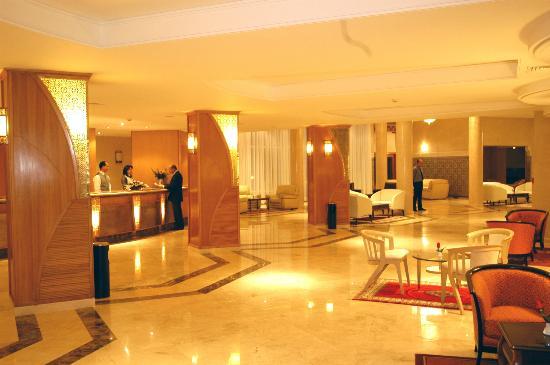 Hotel Menzeh Dalia : Réception