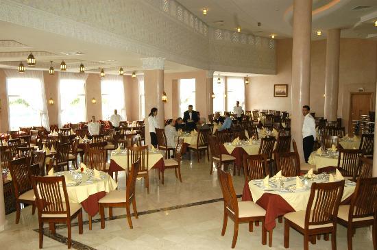 Hotel Menzeh Dalia : Restaurant