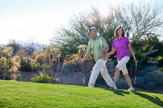 Palm Desert, CA: Enjoy Golf Year Round