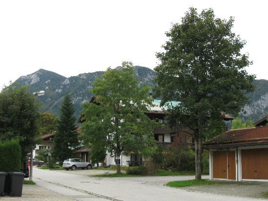 Gästehaus am Badepark: surrounding residences