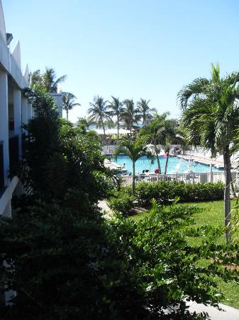 Beachcomber Beach Resort & Hotel: view from our room