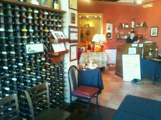 Ophelia's Pasta House: Great wine selection...