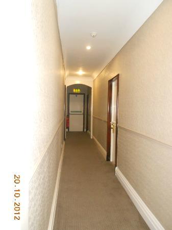 North Star Hotel: Corridoio esterno alle camere