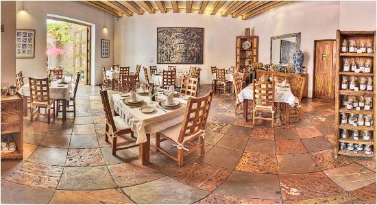 Casareyna hotel 64 8 0 updated 2018 prices for El mural restaurante puebla