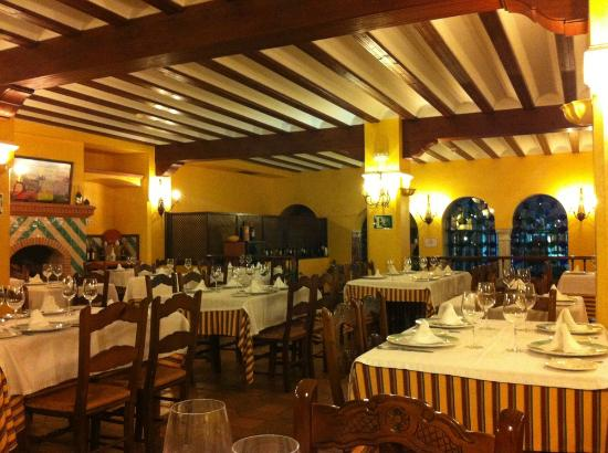 Restaurante Toruno: Dining room