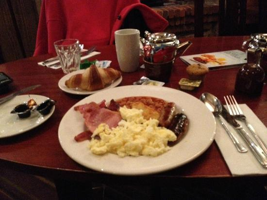 Premier Inn Nottingham West Hotel: Breakfast