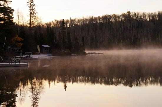 Bearskin Lodge: Morning steam off East Bearskin Lake from our dock