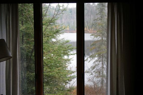 Bearskin Lodge: View of the lake from Cabin 5