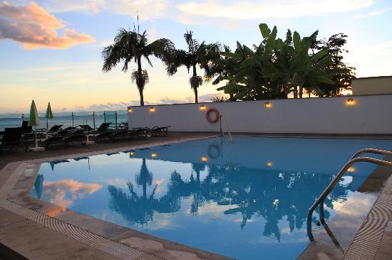 Lince Hotel Madeira: La zona de la piscina