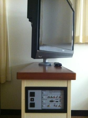 Hyatt Place Fort Myers at The Forum: full-service technology!!