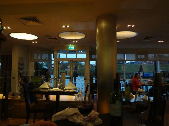 Holiday Inn Ellesmere / Cheshire Oaks: dining room
