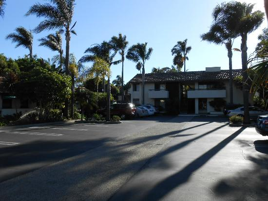 Franciscan Inn: Parking area with newer building in rear