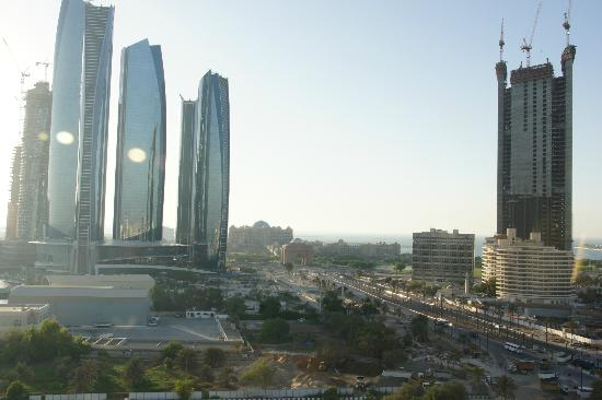 InterContinental Abu Dhabi: View from Club Lounge