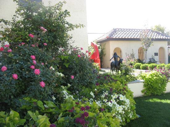 Springville Museum of Art: sculpture garden
