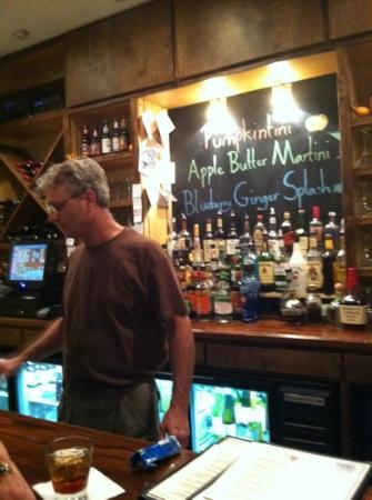 Ambrae House: helpful friendly bartender!
