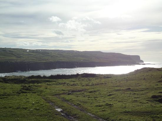 Sea View House Doolin: north end of the Cliffs of Moher (5 minute walk from Sea View House)