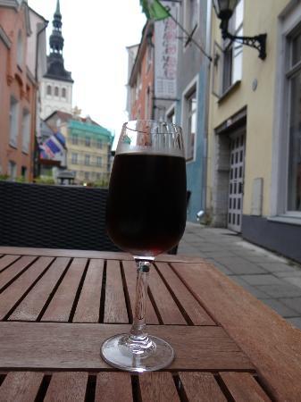 Von Krahli Aed: Poltsamaa Tommu vintage 2003 blackurrant wine