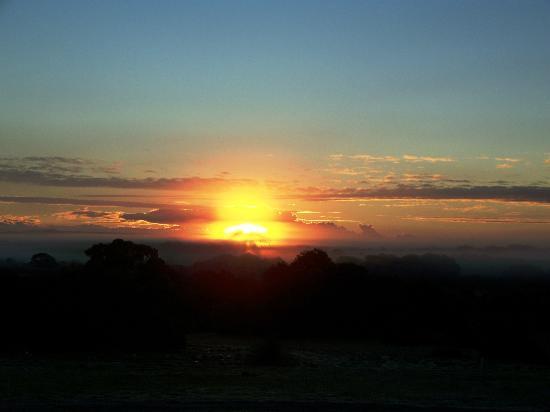Kangaroo Island Bush Getaway: Sunrise at K I Bush Getaway
