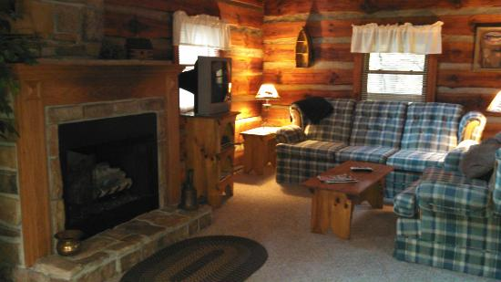 Cabins in the Pines: Living Room
