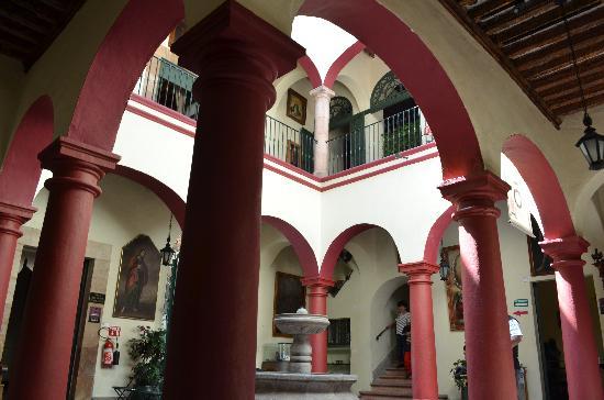 Museo Casa de la Zacatecana : jJardin interior del museo