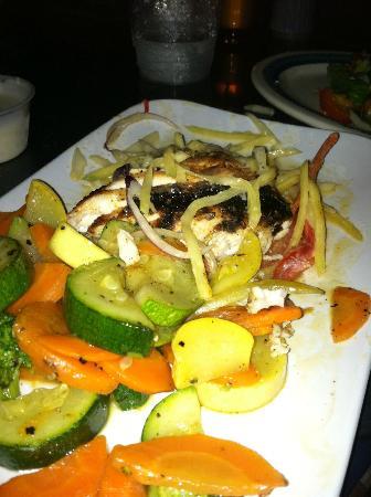 Monty's Coconut Grove: Blackened Mahi Mahi with Veggies/Mango Slaw (I dug in too fast before the picture!)