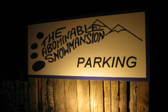 The SnowMansion Taos Hostel Ski Lodge Inn & Campground: Sign on road entering Arroyo Seco