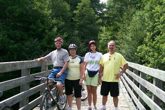 Virginia Creeper Trail: crossing a high trestle