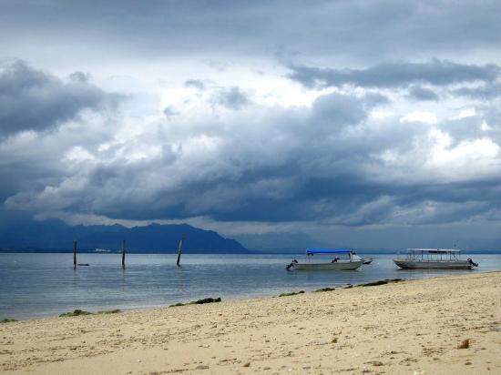 Bounty Island Resort: Sky