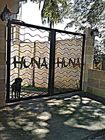 HunaHuna Resort: canine friend