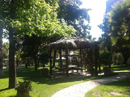 Manquehue Santiago Las Condes: jardines