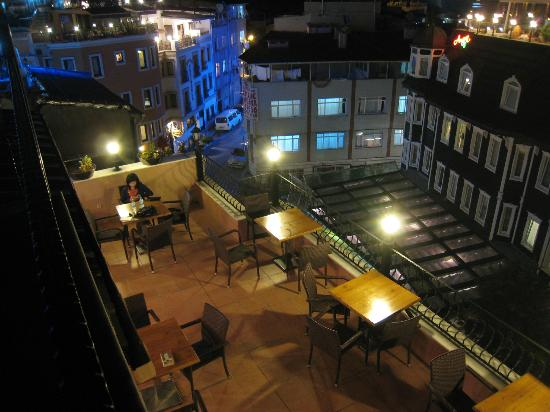 Agora Guesthouse: Roof Top Terrace, as seen from 2nd level of roof