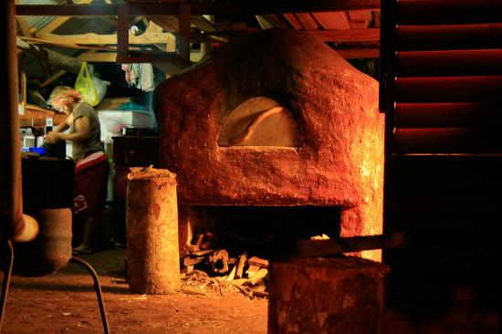 Deep Blue Diving: Eua - the clay pizza oven