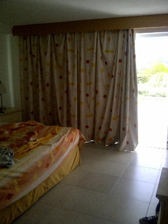 Isla Caribe Beach Hotel: habitaciones