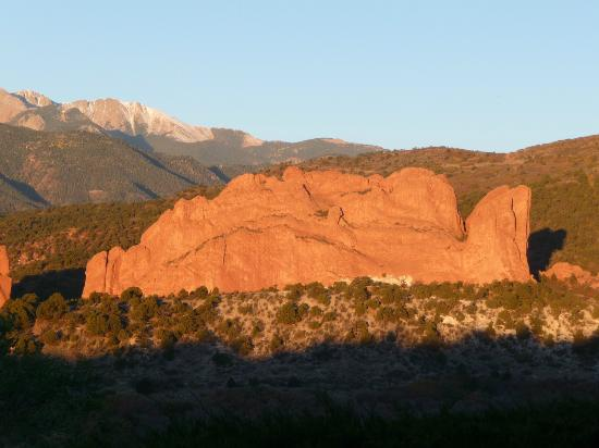 Garden of the Gods Club and Resort: Looking out at Garden of the Gods just after Sunrise