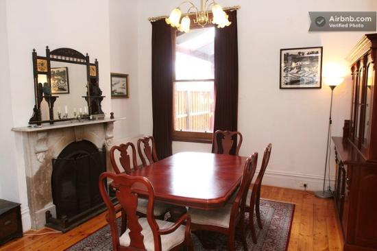 Clement House: Breakfast Room