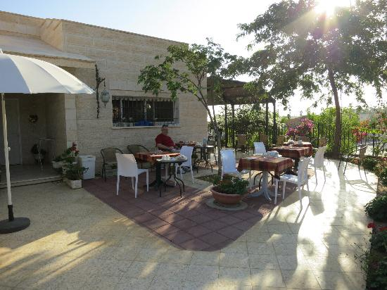 Villa 1000: au petit dejeuner servi avec un espresso :-)