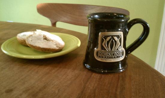 Lookout Point Lakeside Inn: My souvenir mug....first day home!