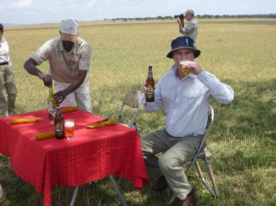 Serengeti Bushtops Camp : Not your normal picnic.