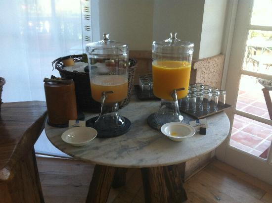 COMO Parrot Cay, Turks and Caicos: Breakfast juices and smoothies