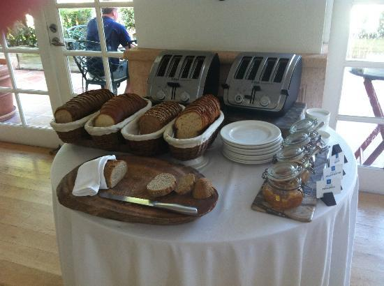 ‪‪COMO Parrot Cay, Turks and Caicos‬: Bread/Toast station at Breakfast