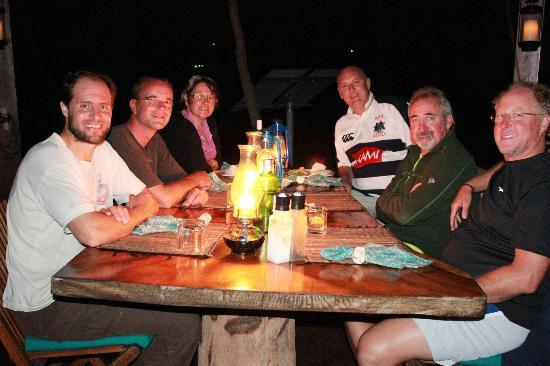 Serenity Beaches Resort: Dinner with new friends