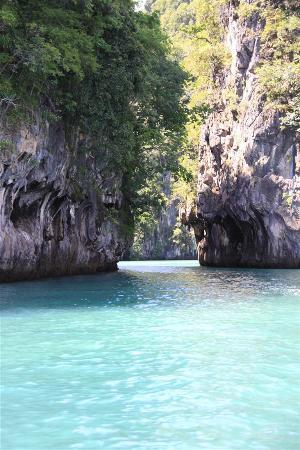 Nakamanda Resort & Spa: Koh Hong by long tail boat 2