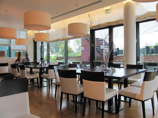 ฮิลตัน การ์เด้น อินน์ เวนิซ เมสเทรอ: Breakfast area