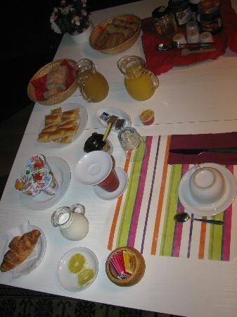 """Affittacamere San Lorenzo: breakfast con l'immancabile """"focaccia"""""""